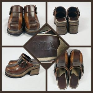 MIA Size 7M Striped Brown Leather 3 Inch Clogs
